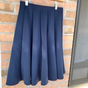 NWT Waverly Grey navy blue skirt size 4